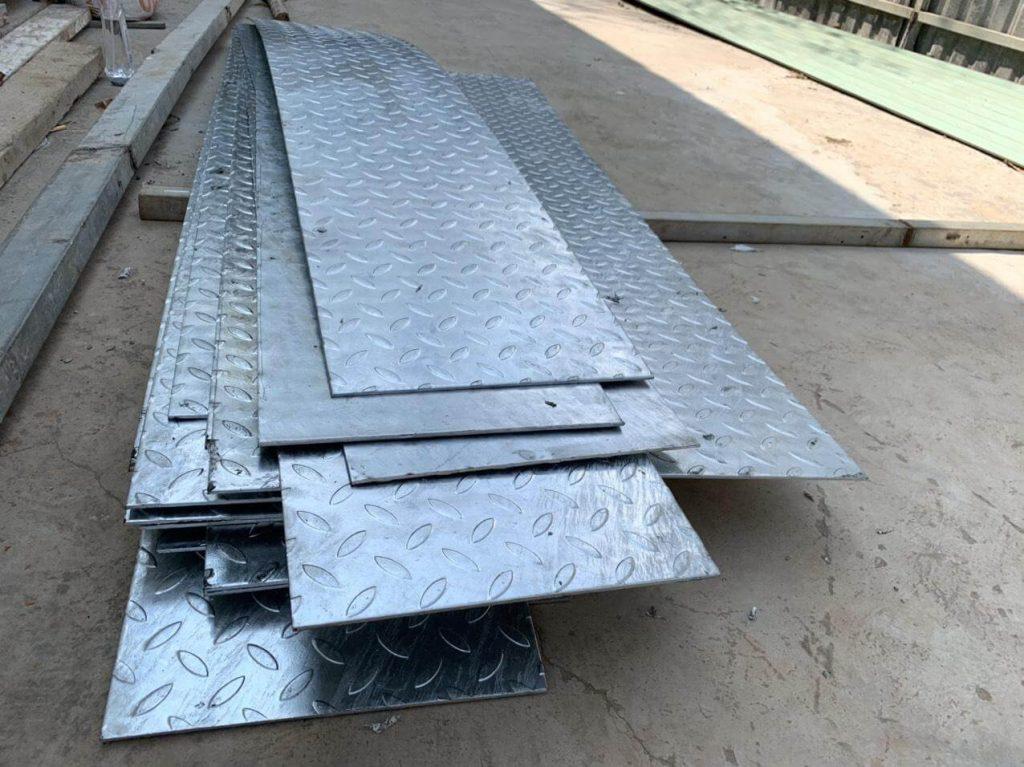 Công ty gia công mạ kẽm điện phân và mạ kẽm nhúng nóng sắt thép giá rẻ tại tphcm —